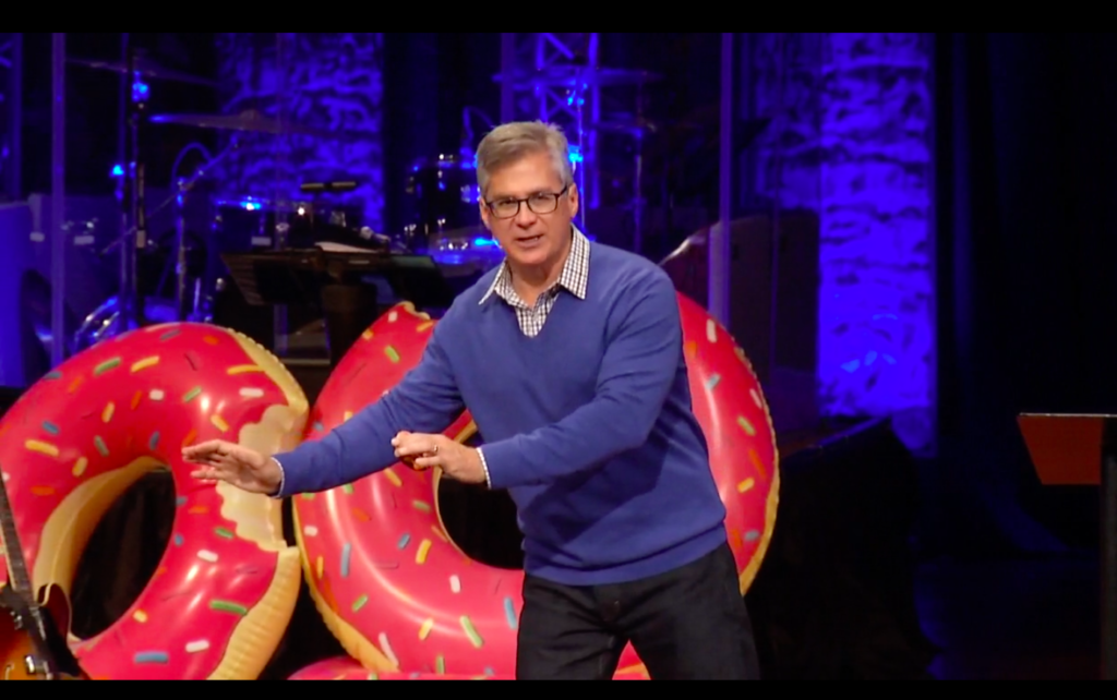pastor-donut
