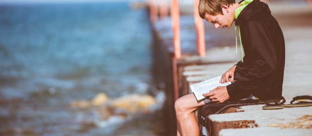 5 Ways to Get Teens to Read the Bible this Summer